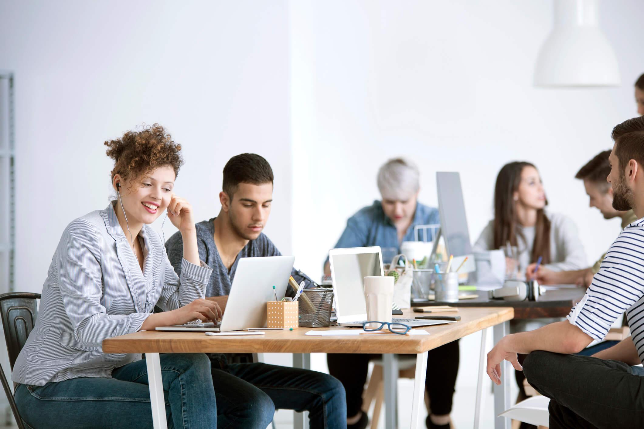 Como divulgar minha empresa na internet com eficiência? Confira 4 dicas